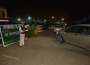 Valet parking in Delhi